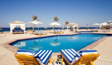 فندق سويس ان دوم مارينا - حمام سباحة - أجازات