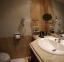حمام غرف فندق - توليب فاميلي - اجازاتمصر
