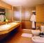 حمام  غرف فندق ستيلا سي كلوب